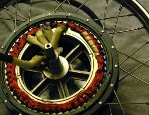 Le Cromotor, un gran moteur pour vélos électriques